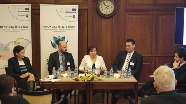 Balás Gábor moderált a Foglalkoztatási programok az Európai Szociális Alap támogatásával című konferencián