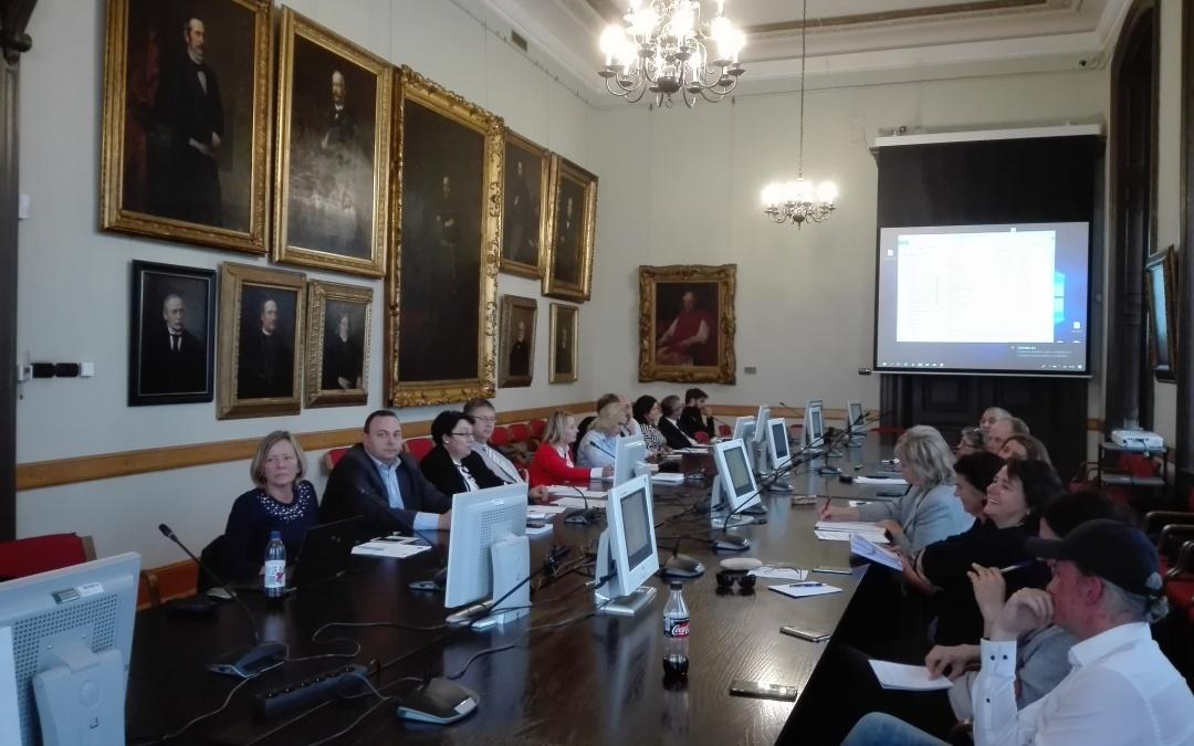 Bördős Katalin előadása az MTA Emberi Erőforrások Gazdaságtana Tudományos Bizottság Munkatudományi Albizottságának ülésén