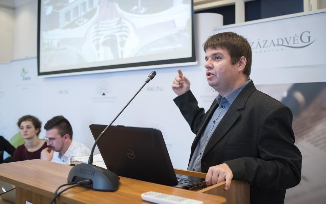 Szepesi Balázs előadása a 16+1 budapesti fórumán