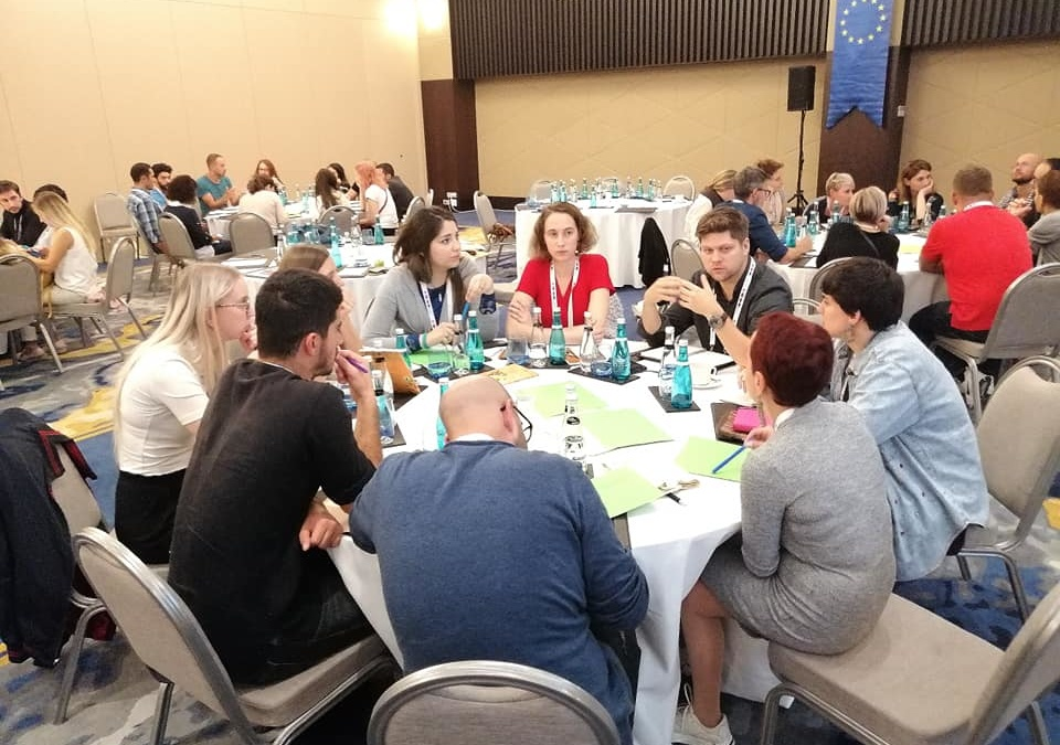 """Koltai Luca előadása az """"On track 3 – Different youth work approaches for different NEET situations"""" konferencián"""
